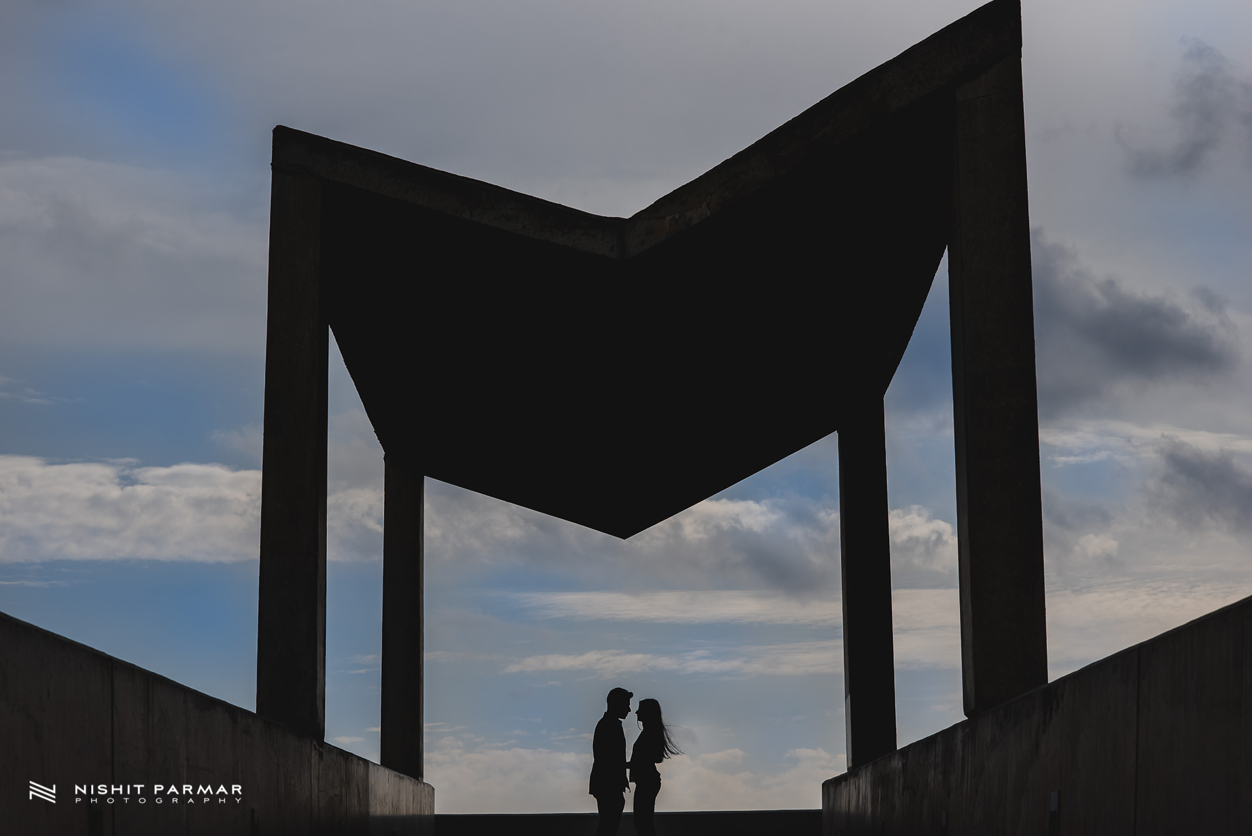 Barcelona Prewedding Shoot Asian Wedding Photography Silhouette inspiration
