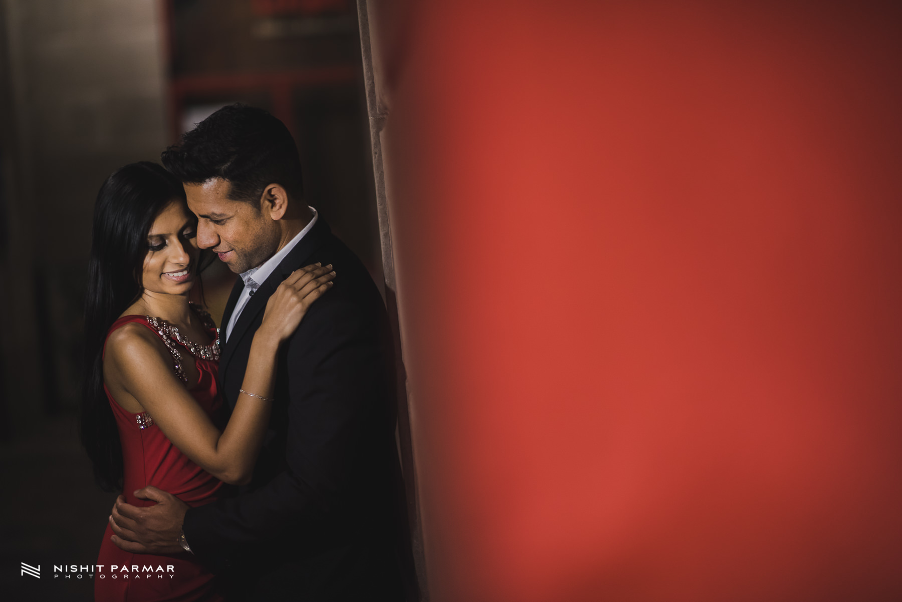 Barcelona Prewedding Shoot Asian Wedding Photography Night time pose