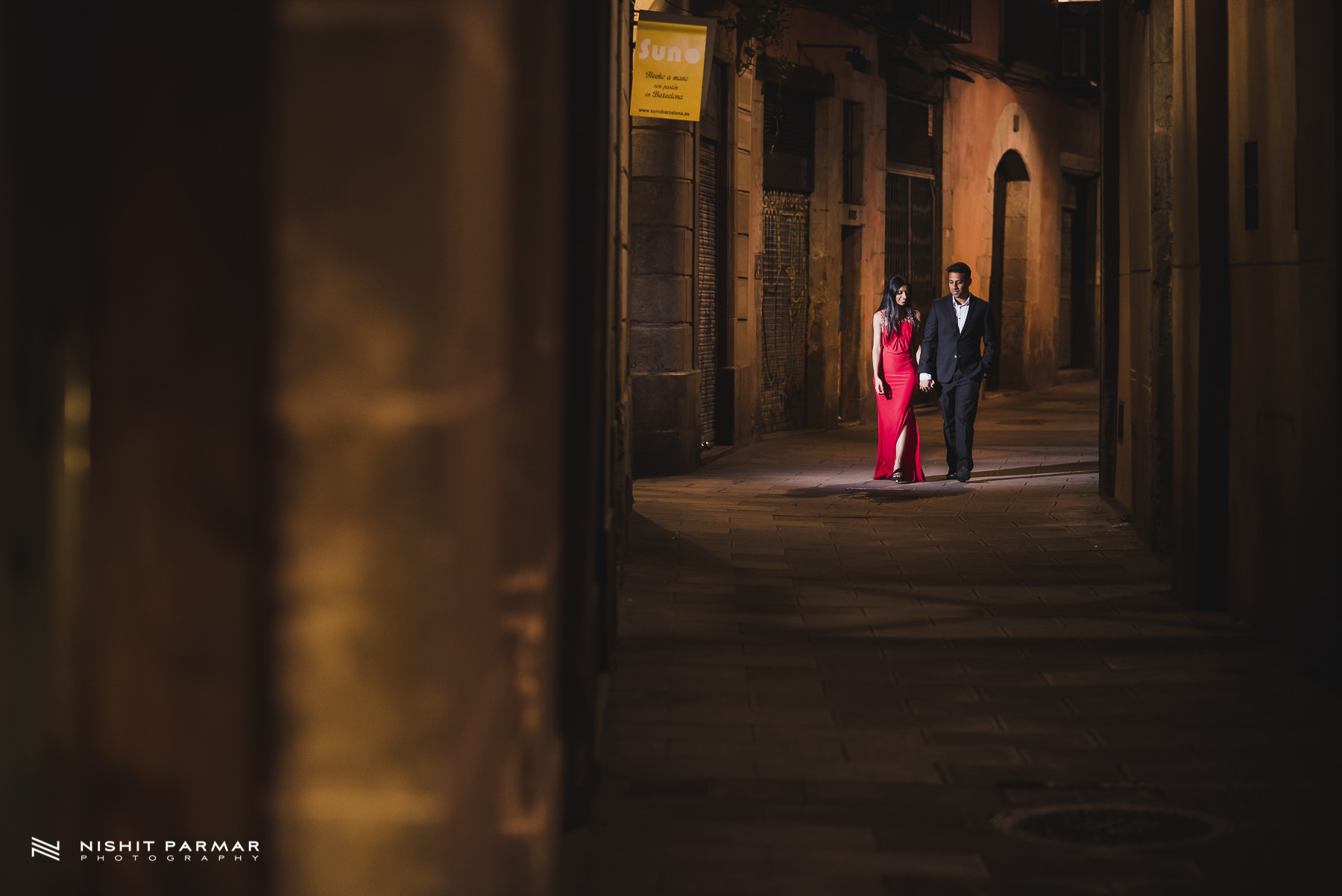 Barcelona Prewedding Shoot Asian Wedding Photography Walking through the alleyways inspiration
