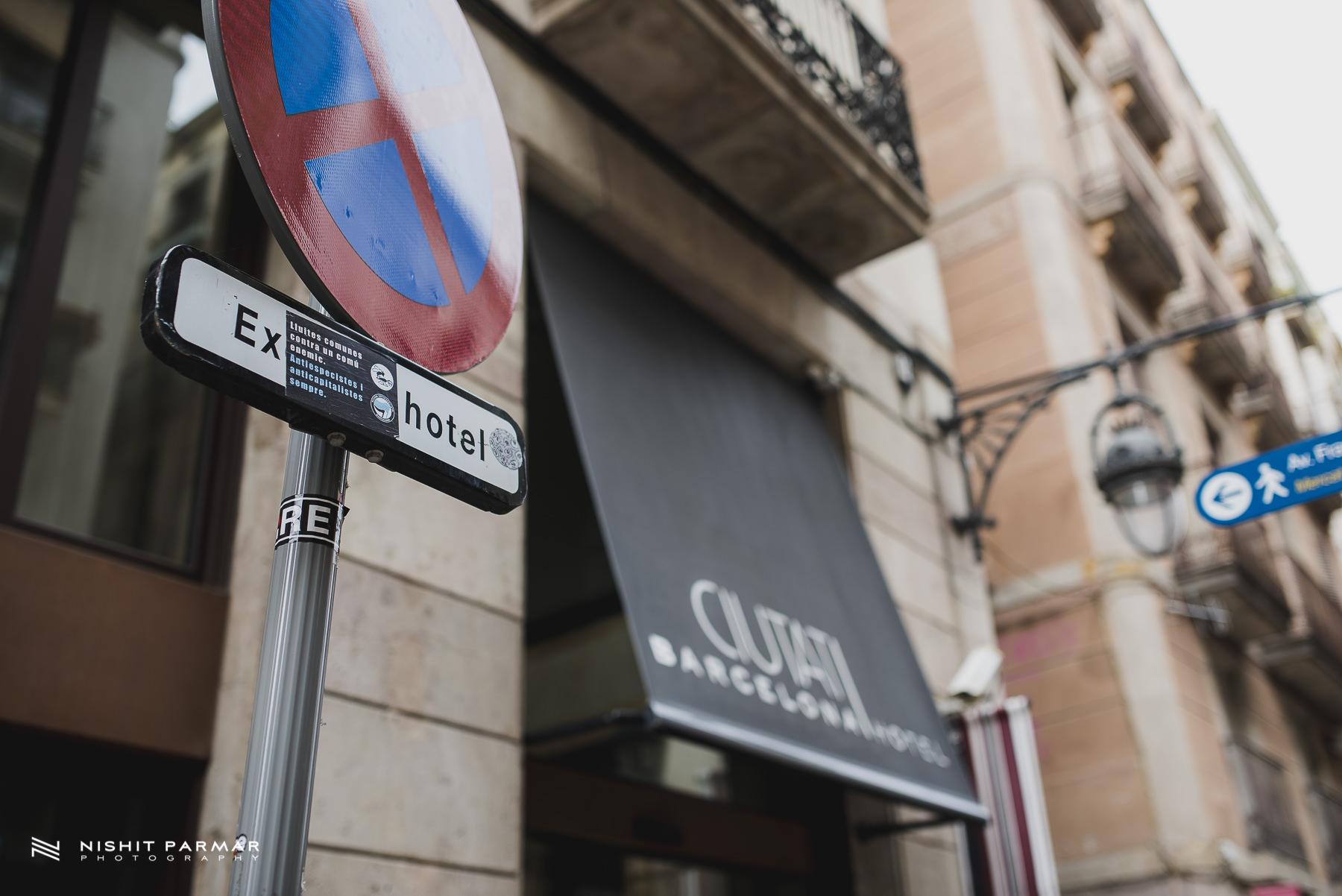 Barcelona Prewedding Shoot Outside Hotel