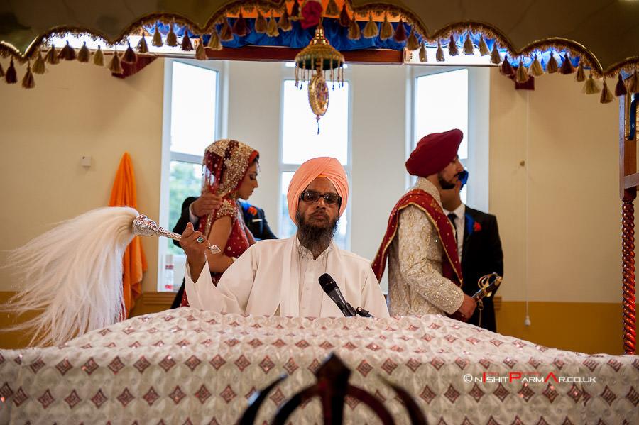 Jas-Bal-Wedding-Reception-NishitParmarPhotography-Wolverhampton-13