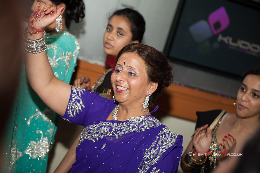 Jas-Bal-Wedding-Reception-NishitParmarPhotography-Wolverhampton-26
