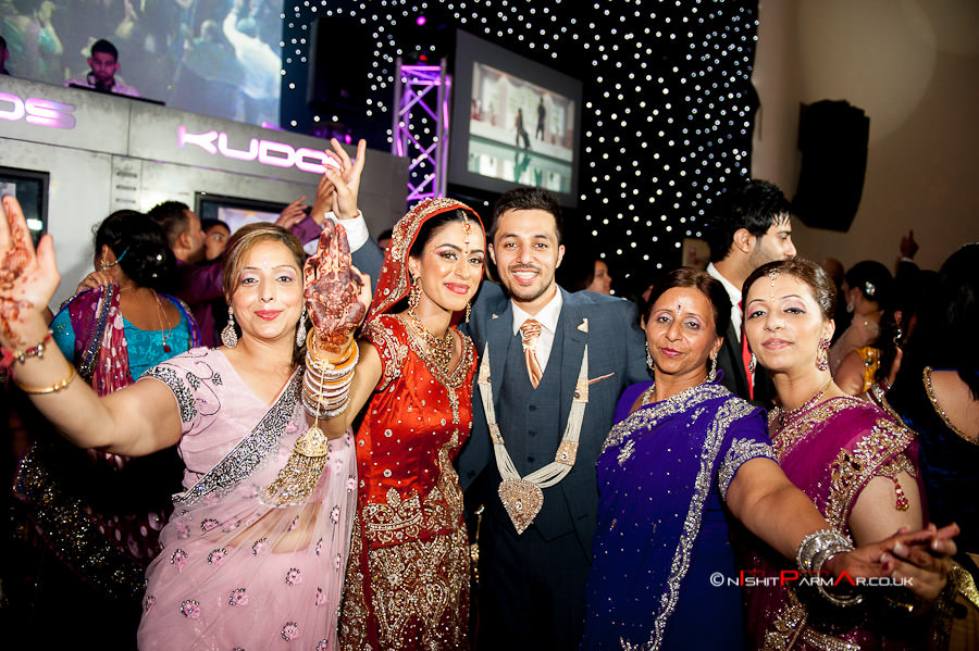 Jas-Bal-Wedding-Reception-NishitParmarPhotography-Wolverhampton-30
