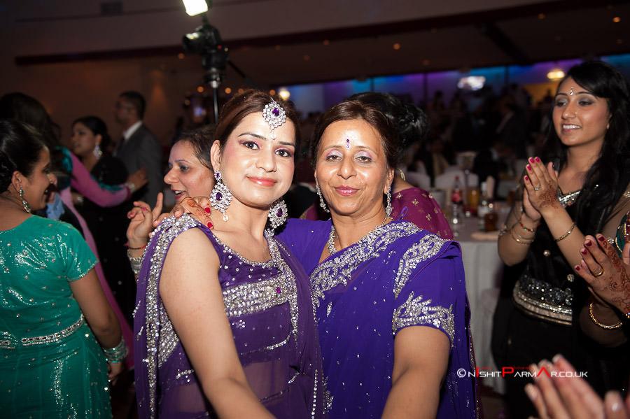 Jas-Bal-Wedding-Reception-NishitParmarPhotography-Wolverhampton-35
