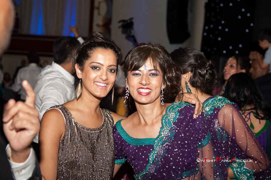 Jas-Bal-Wedding-Reception-NishitParmarPhotography-Wolverhampton-40