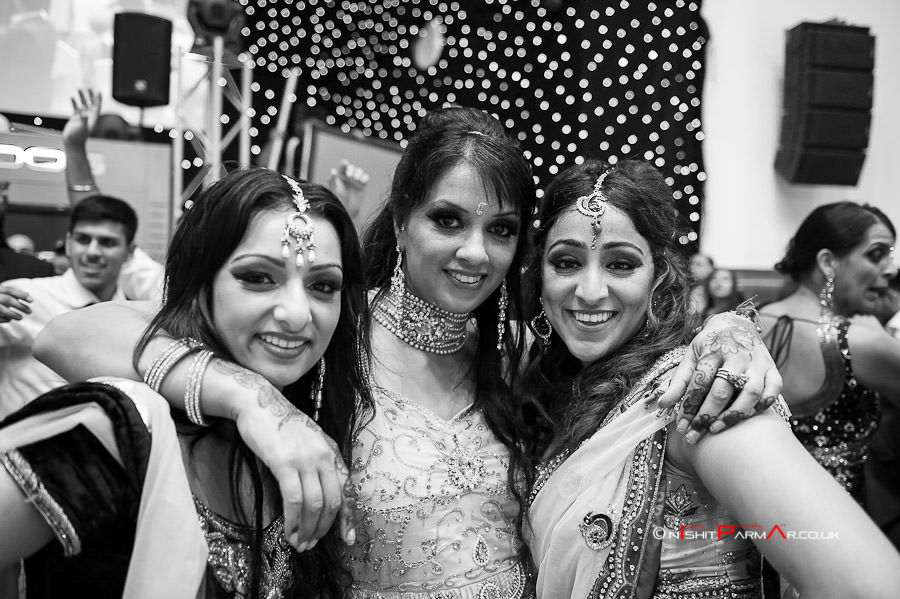 Jas-Bal-Wedding-Reception-NishitParmarPhotography-Wolverhampton-42