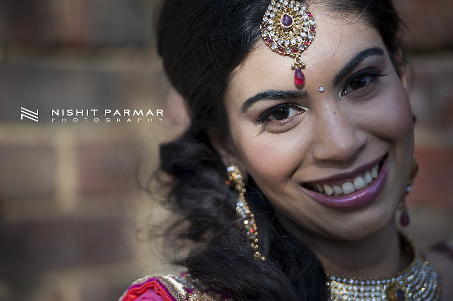 Swaminarayan-Temple-Stanmore-Engagement-Nishit-Parmar-Photography-Asian-Wedding-Photographer-15