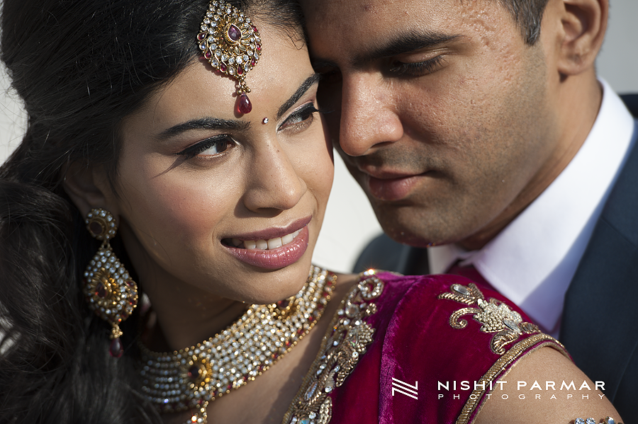 Swaminarayan-Temple-Stanmore-Engagement-Nishit-Parmar-Photography-Asian-Wedding-Photographer-20