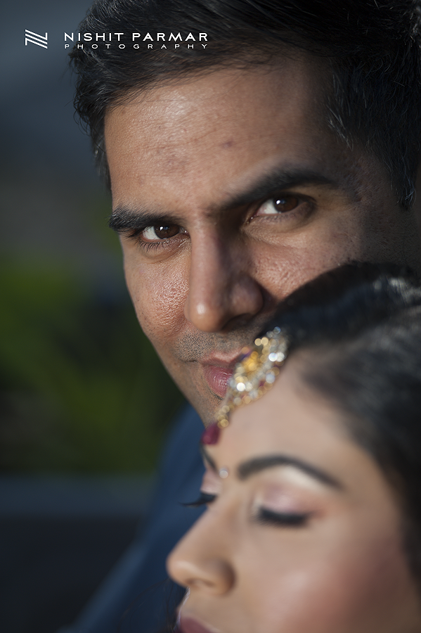 Swaminarayan-Temple-Stanmore-Engagement-Nishit-Parmar-Photography-Asian-Wedding-Photographer-17