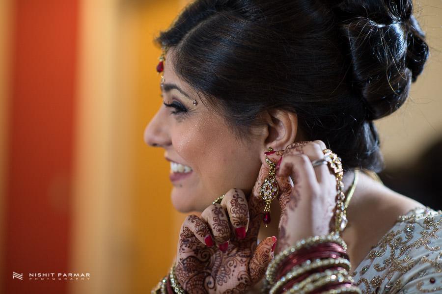 Baylis House Asian Wedding Photography Hindu Wedding Nishita and Upesh