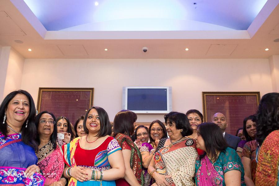 Indian Wedding Photographer at Baylis House Hindu Wedding Nishita and Upesh