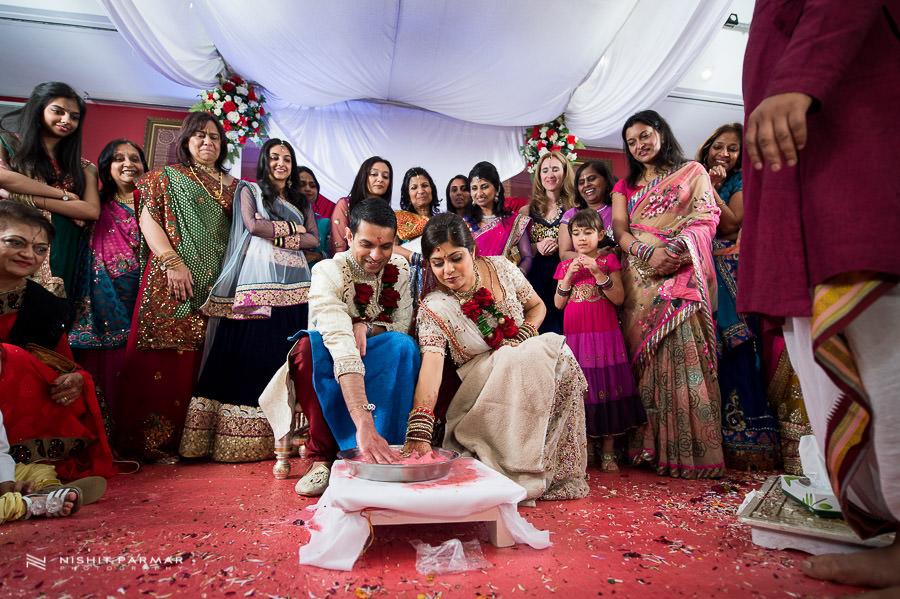 Wedding Photos at Baylis House Hindu Wedding Nishita and Upesh
