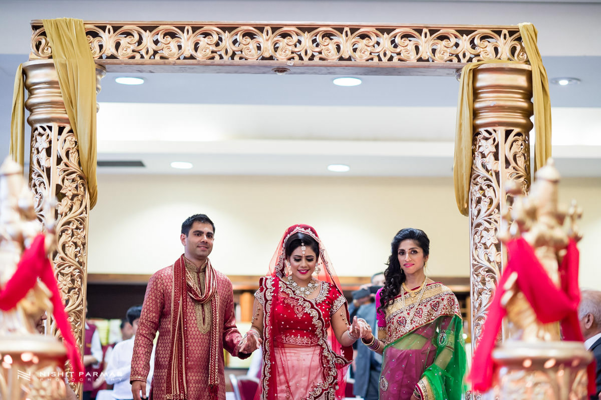 watford asian wedding photographer hilton hare krishna 27 - Asian Wedding Entrance Songs