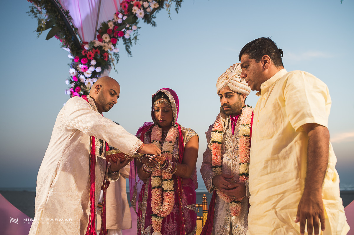 Hindu Wedding Zuri Sands Hotel South Goa Indian Wedding-33