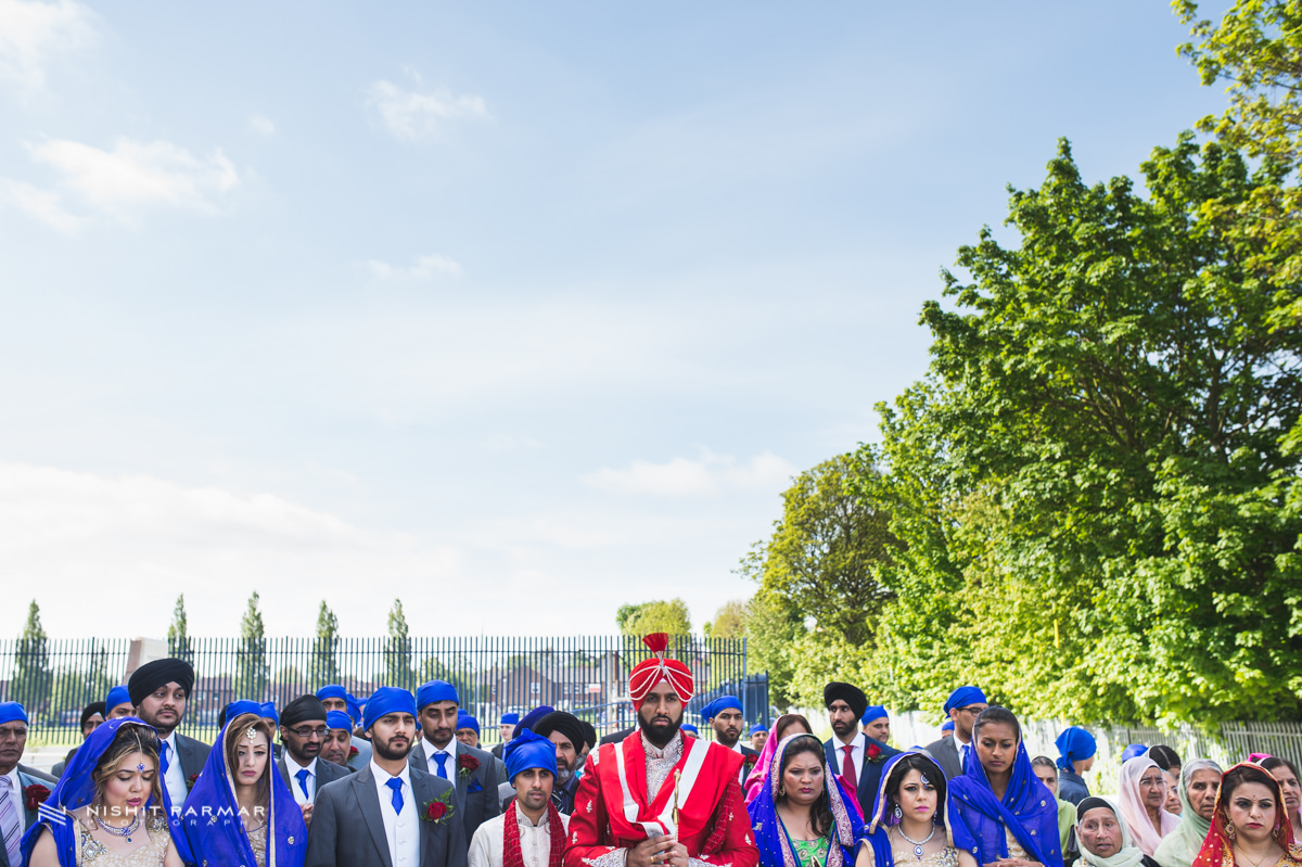 Aman and Gurpreet Gravesend Gurudwara Quendon Hall Wedding Photography Asian Wedding Photographer Indian Weddings Sikh Wedding Photography-18