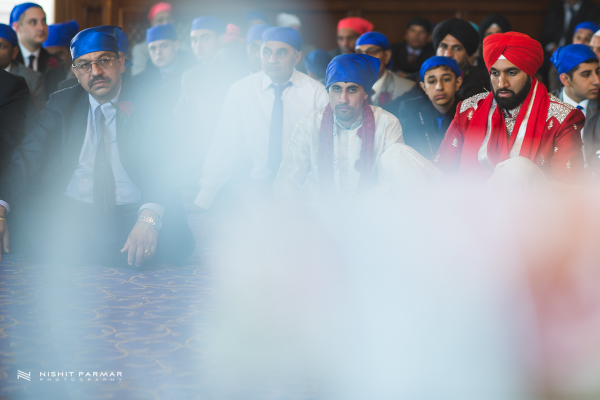 Aman and Gurpreet Gravesend Gurudwara Quendon Hall Wedding Photography Asian Wedding Photographer Indian Weddings Sikh Wedding Photography-21
