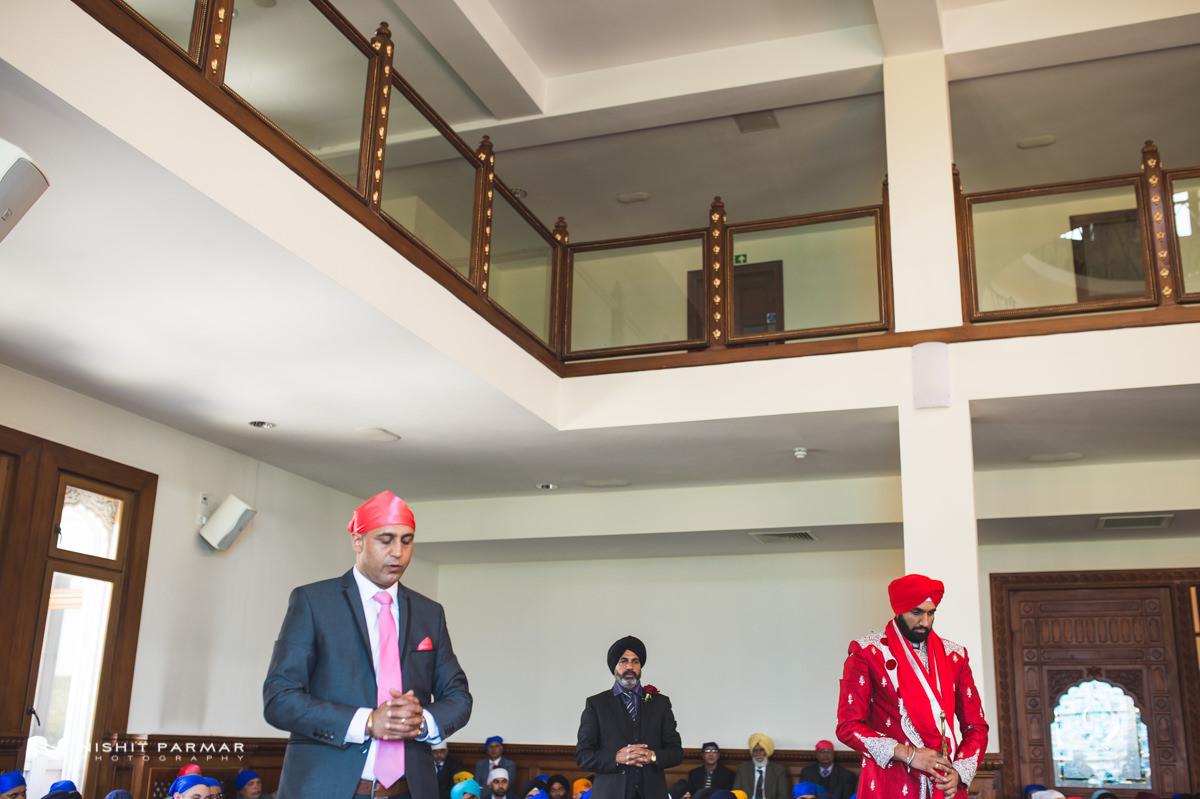 Aman and Gurpreet Gravesend Gurudwara Quendon Hall Wedding Photography Asian Wedding Photographer Indian Weddings Sikh Wedding Photography-22