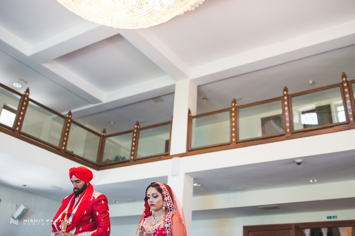 Aman and Gurpreet Gravesend Gurudwara Quendon Hall Wedding Photography Asian Wedding Photographer Indian Weddings Sikh Wedding Photography-26