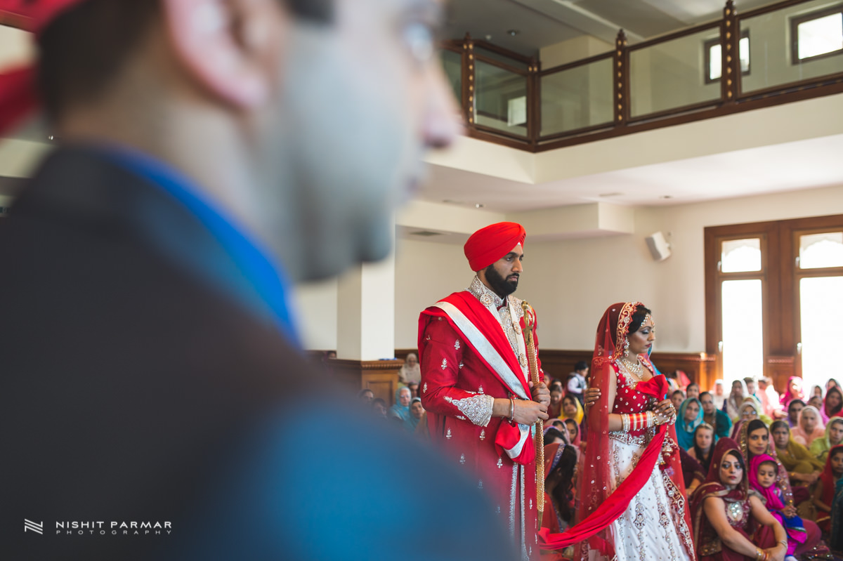 Aman and Gurpreet Gravesend Gurudwara Quendon Hall Wedding Photography Asian Wedding Photographer Indian Weddings Sikh Wedding Photography-30