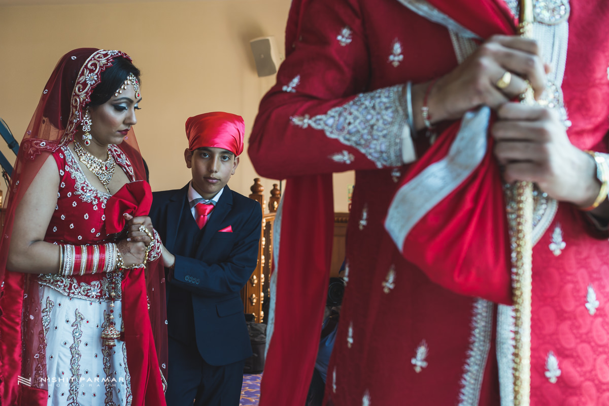 Aman and Gurpreet Gravesend Gurudwara Quendon Hall Wedding Photography Asian Wedding Photographer Indian Weddings Sikh Wedding Photography-32
