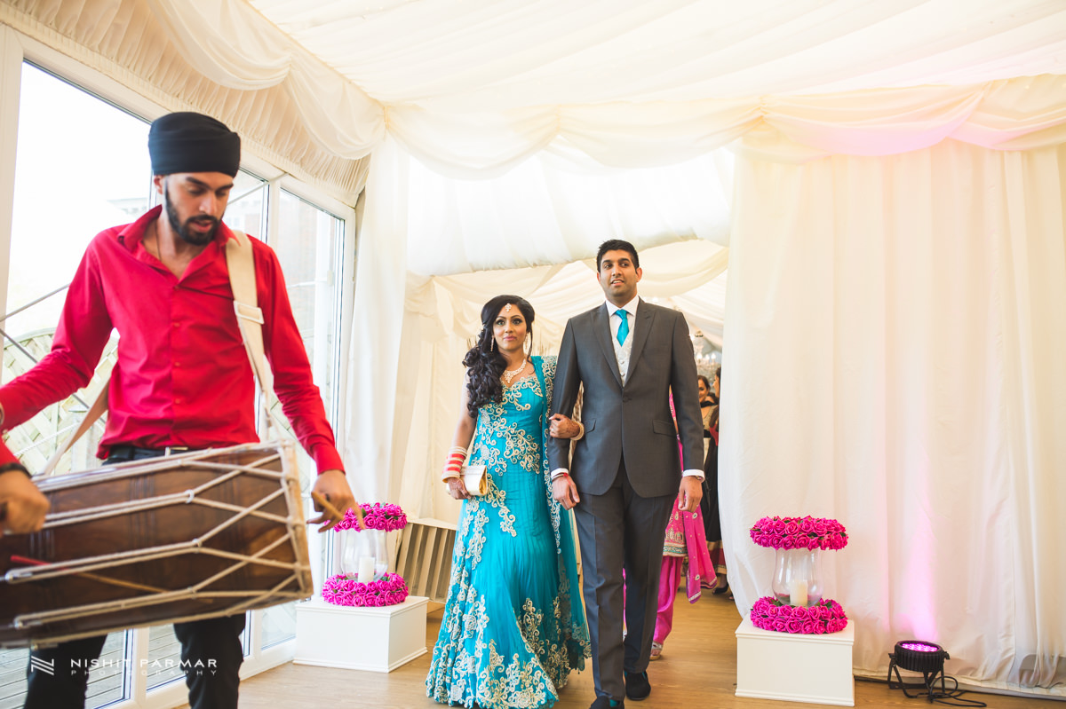 Aman and Gurpreet Gravesend Gurudwara Quendon Hall Wedding Photography Asian Wedding Photographer Indian Weddings Sikh Wedding Photography-41