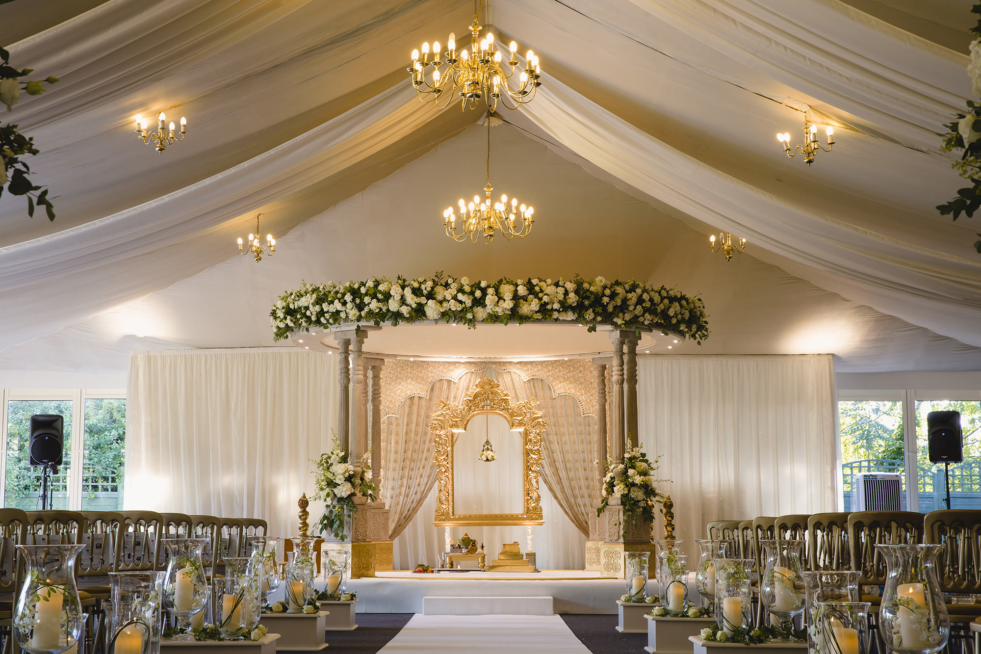 simple and elegant mandap for hindu wedding ceremony