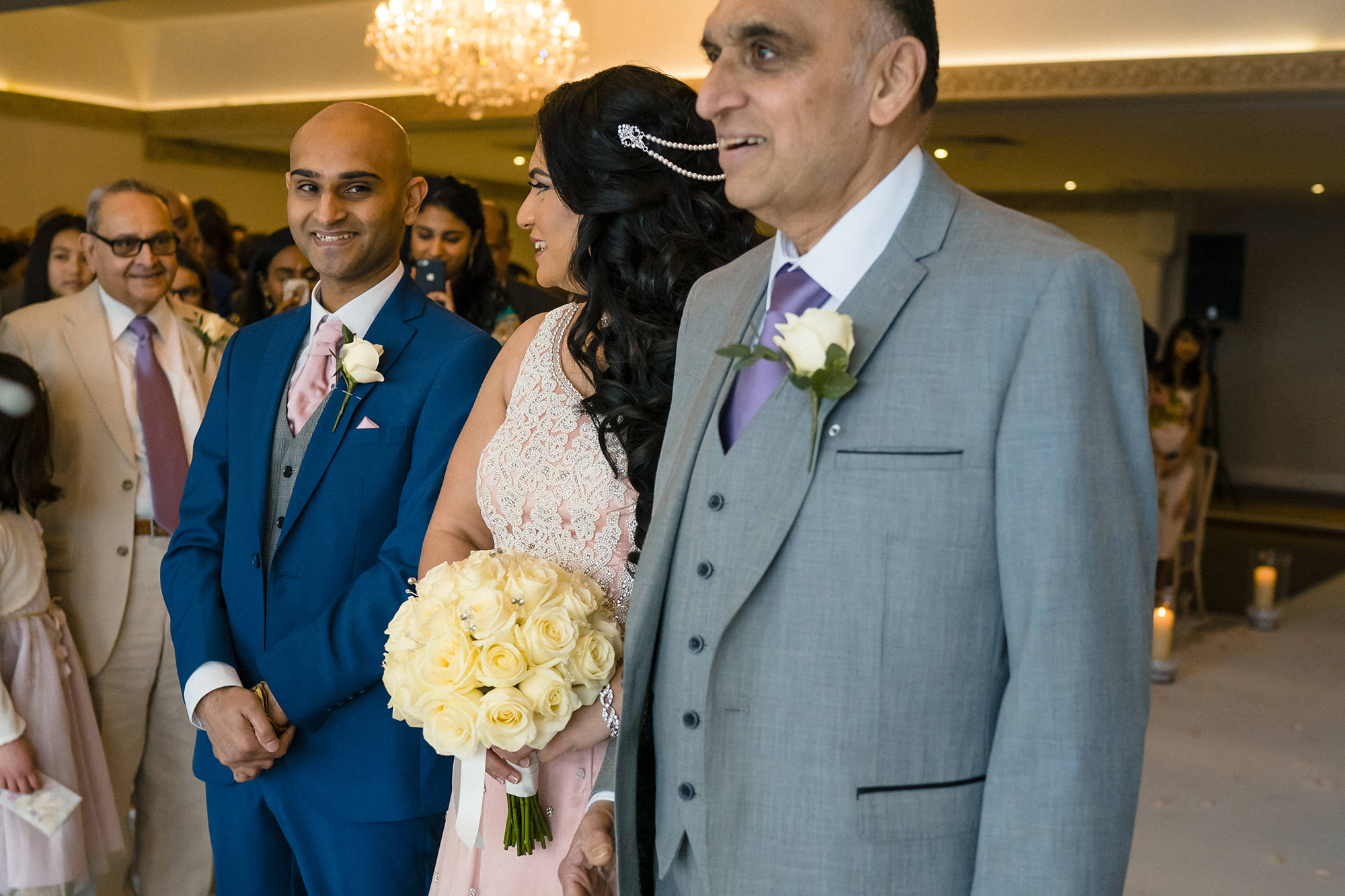 bride entrance with her father