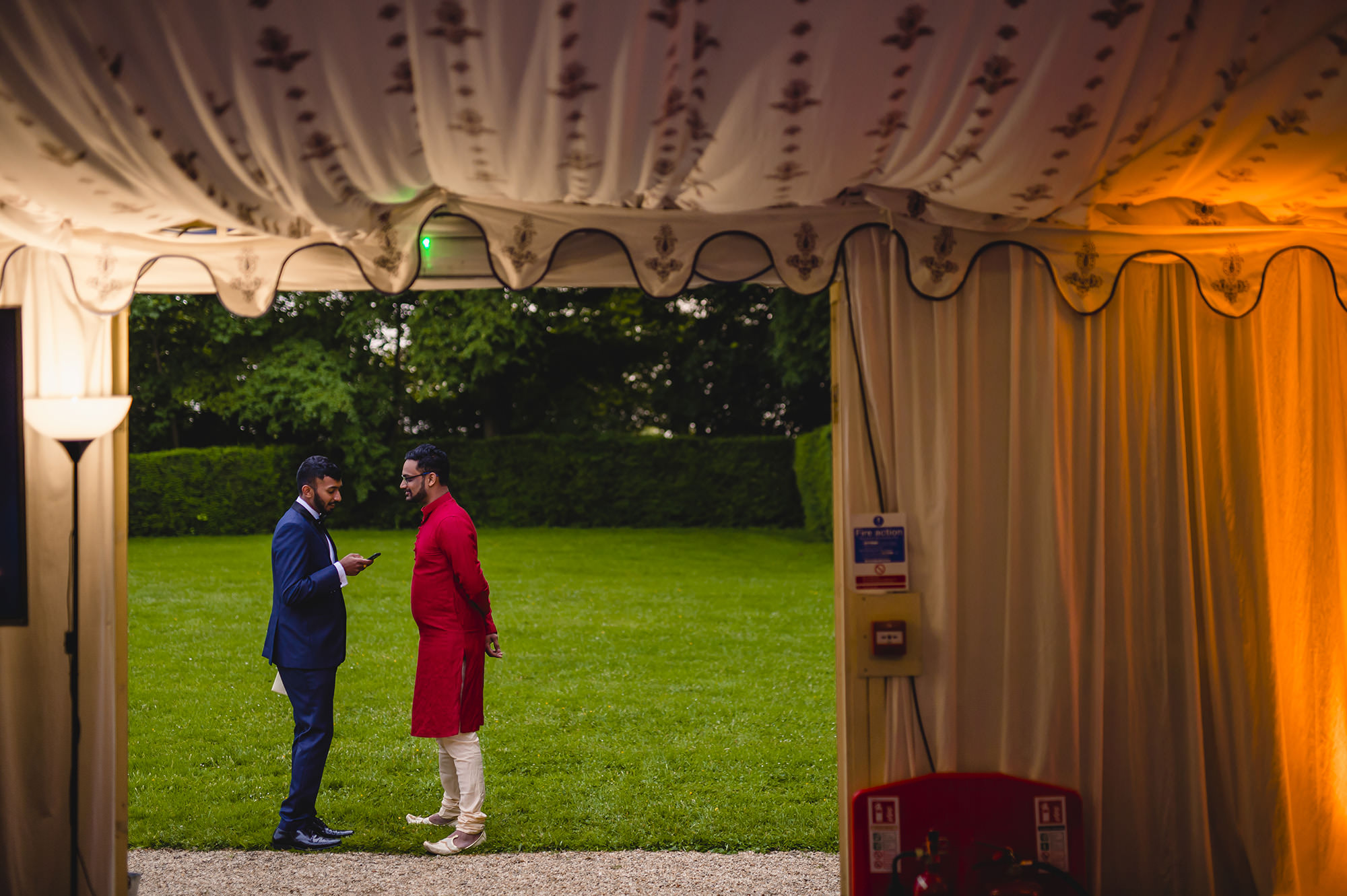groom and cousin prior to speeches at poundon house