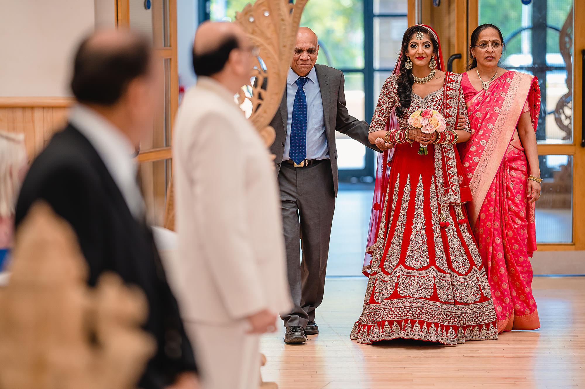 bridal entrance for hindu wedding