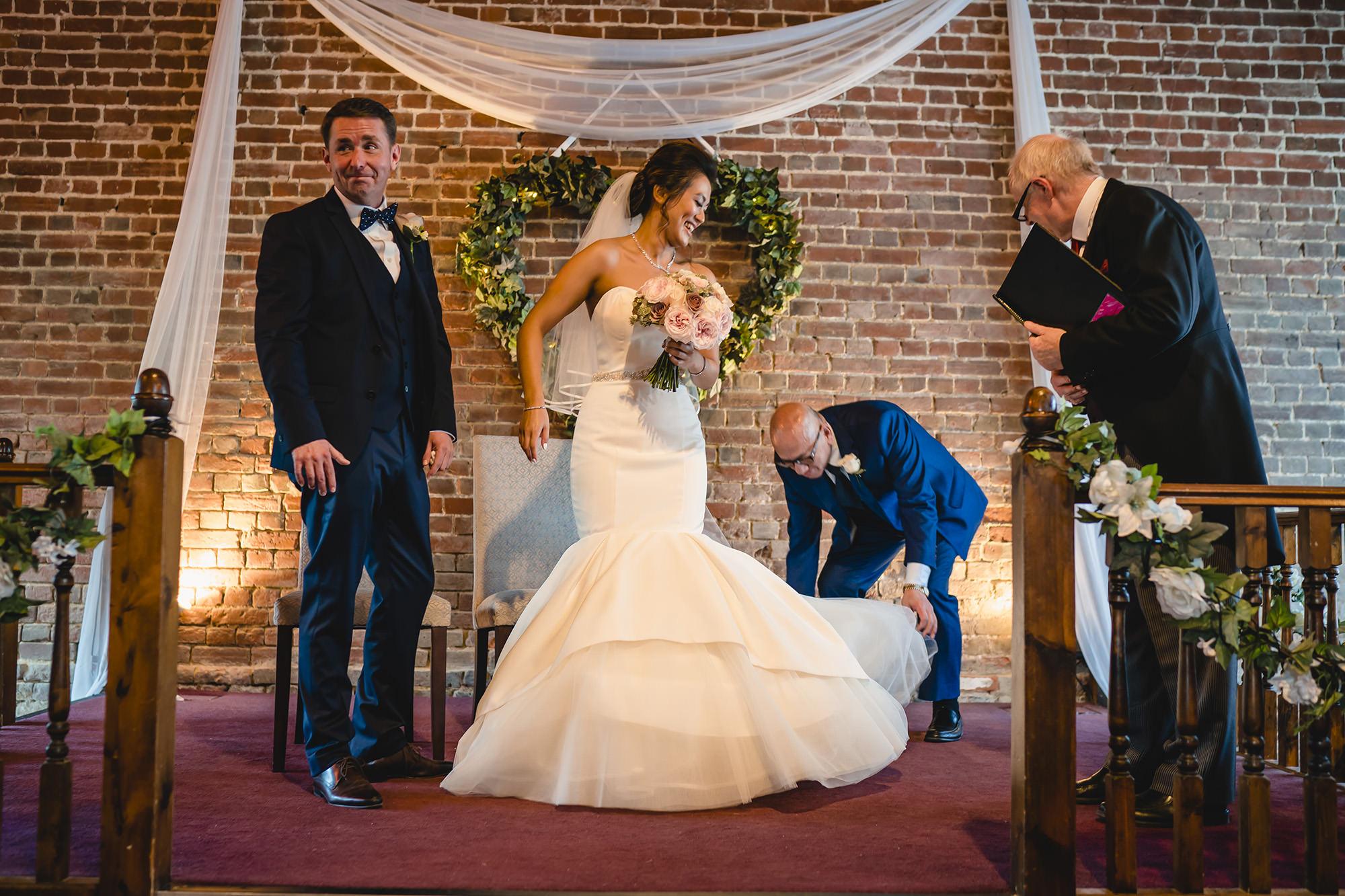 bride and groom english wedding ceremony