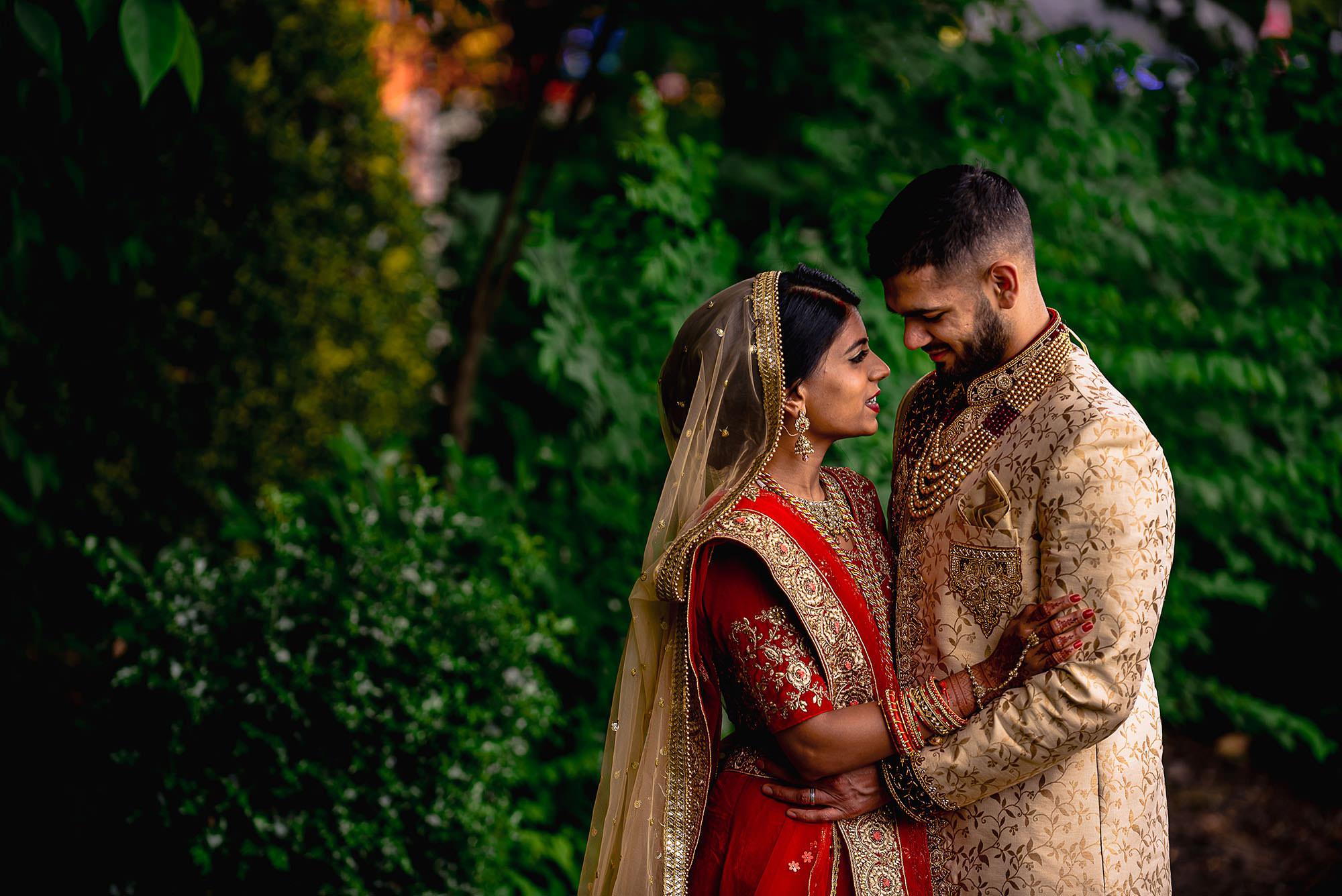 hindu wedding portraits leicester devan jigna