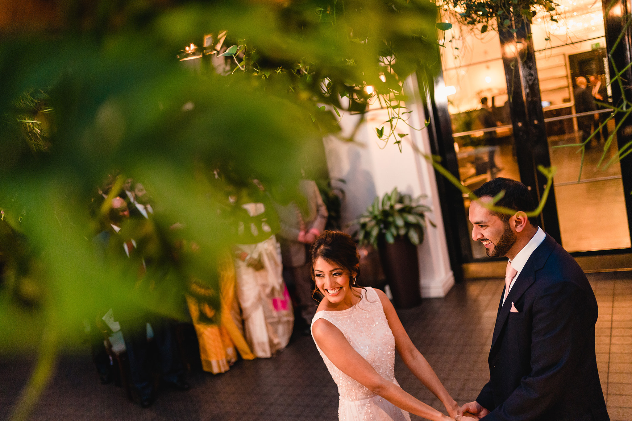 natural and relaxed ceremony picture